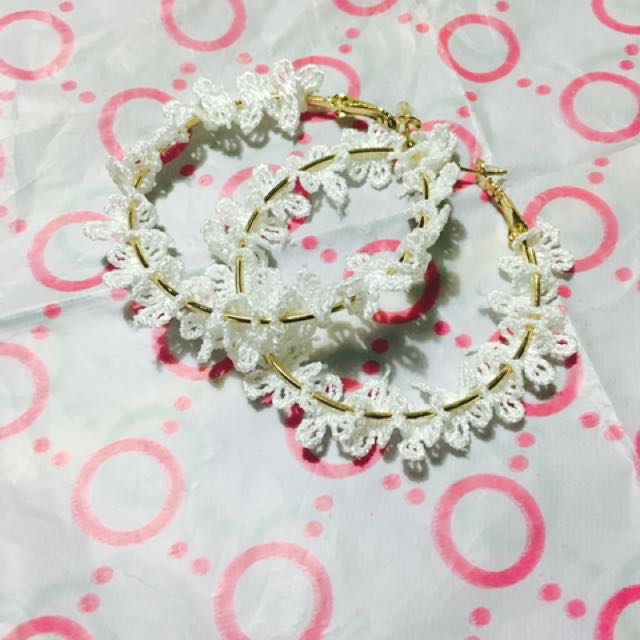 蕾絲圈圈耳環