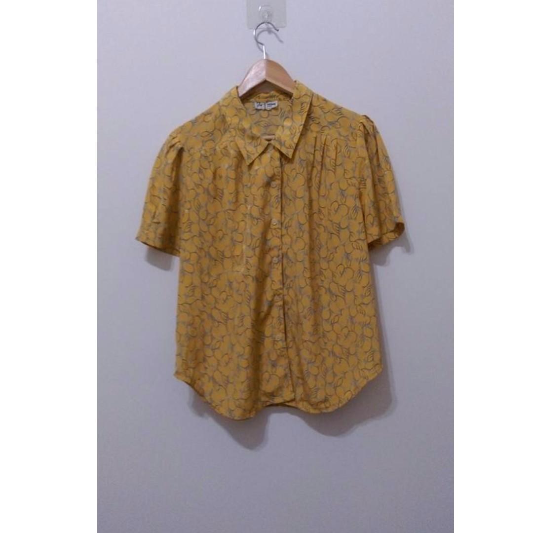 黃色花花草草短袖上衣