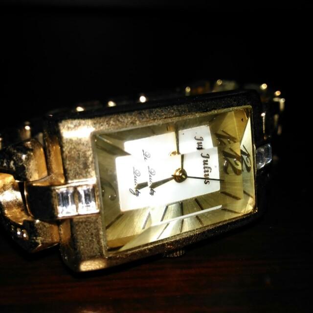 聚利時方型女潮錶