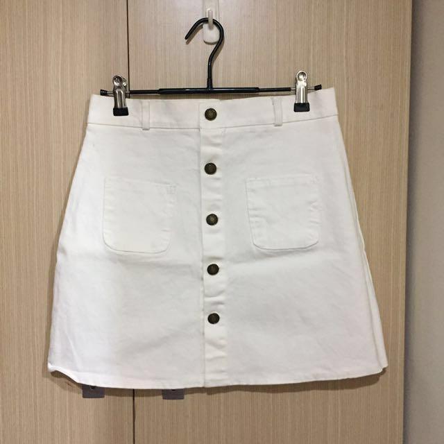 排扣A字裙 前口袋