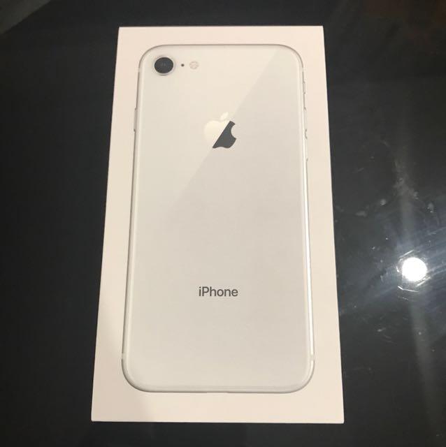 Apple ip8 64gb *silver