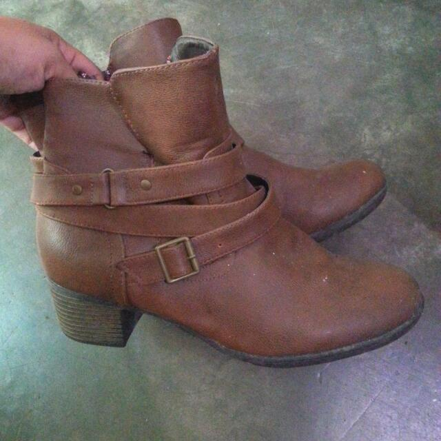 Art Rock Brown Booties