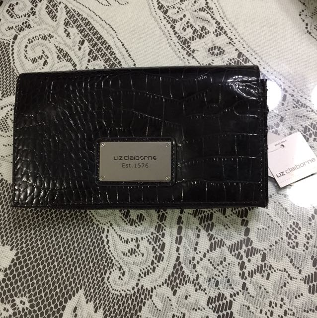 AUTHENTIC BNWT Liz Claiborne Wallet