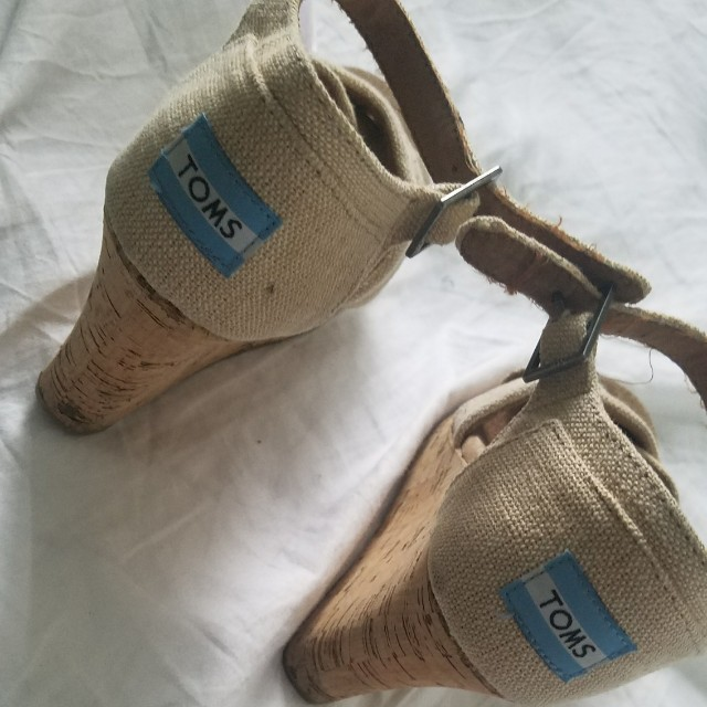 Beige Tom's Wedges size 7