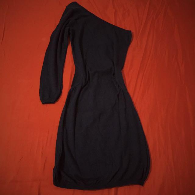 Bershka One-Sleeved Knit Dress