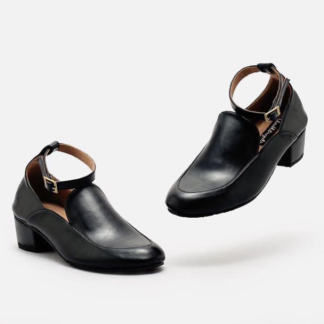 Black Mini Heels Merk Adorable Project