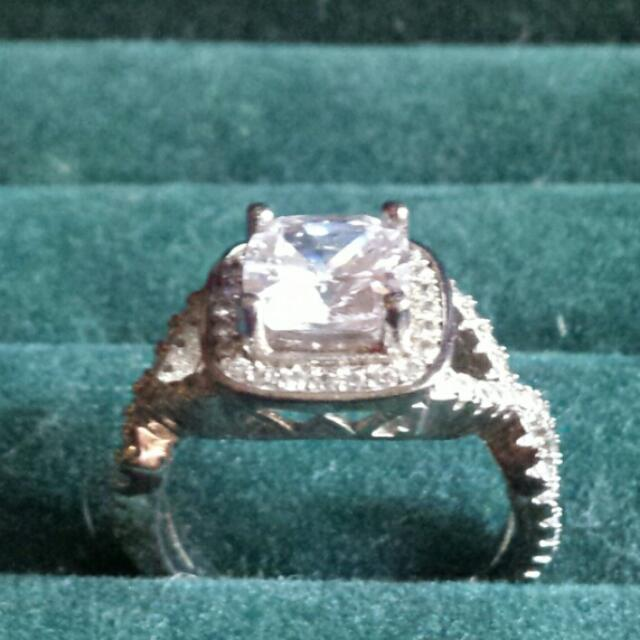 Brand New Charmed Aroma Sterling Silver Ring Worth 150.00