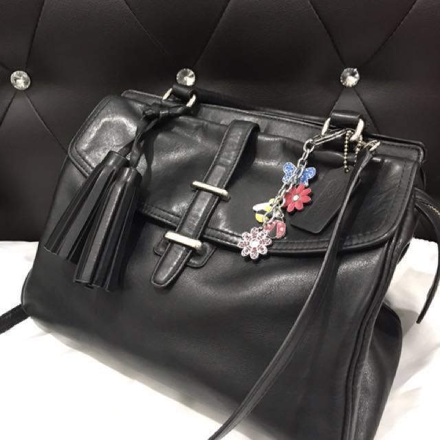 Coach Handbag 💯 leather