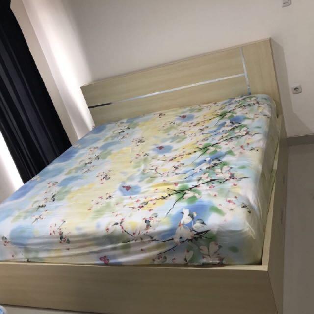 Dijual tempat tidur tanpa kasur