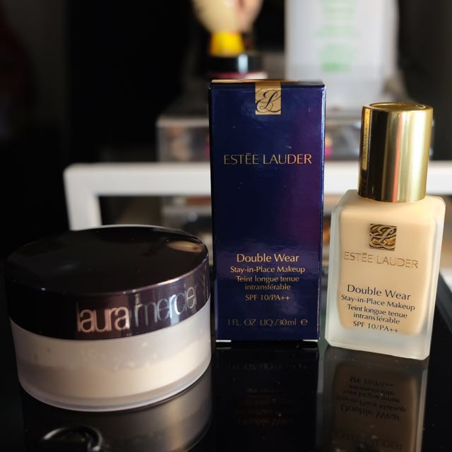 Estee Lauder Double Wear Foundarion + Laura Mercier Translucent Powder
