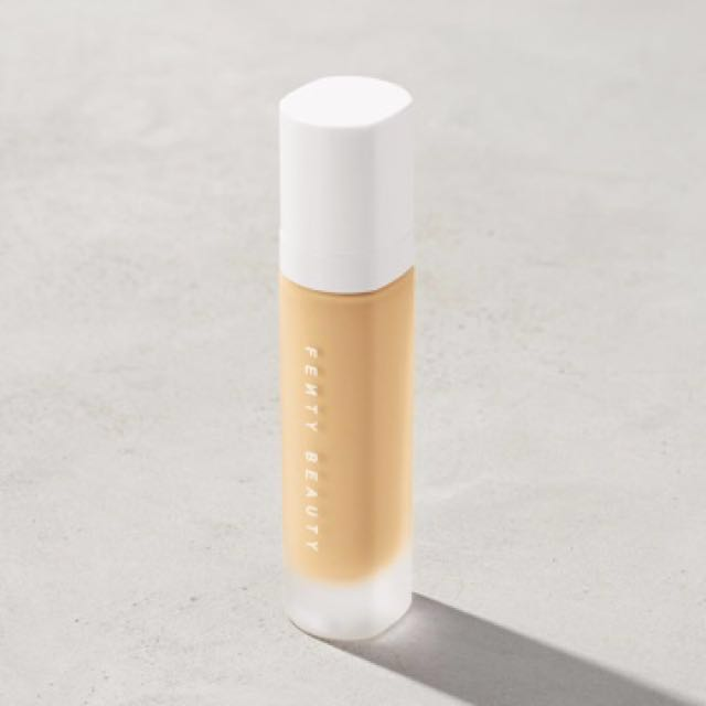 Fenty Beauty PRO FILT'R Soft Matte Longwear Foundation 140