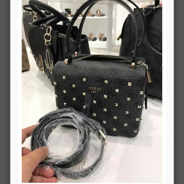 Handbag guess authentic
