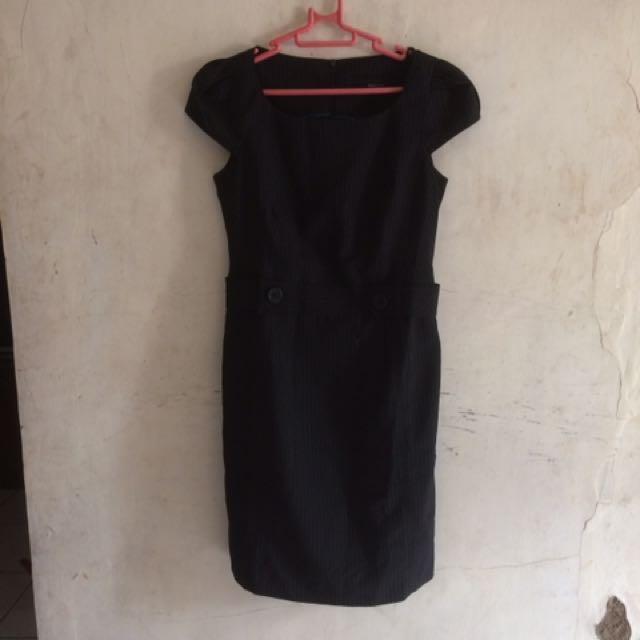 Invio dress black