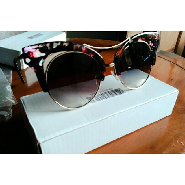 Kacamata Gentle Monster Sunglasses Cat Frame Elegant