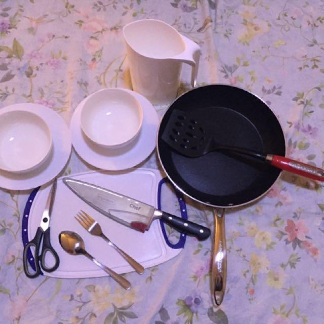 Kitchen set(lagostina Dimond pan- nonstick )