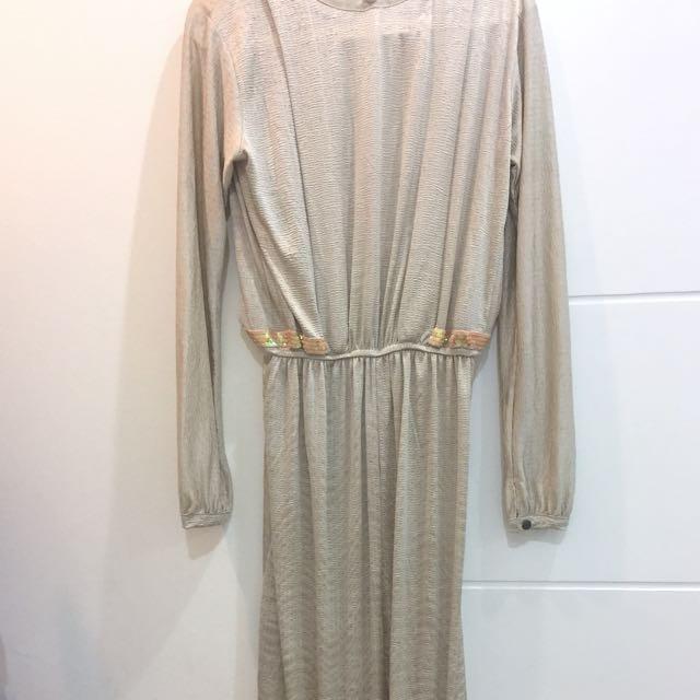 Long dress (safaya, size L-M)