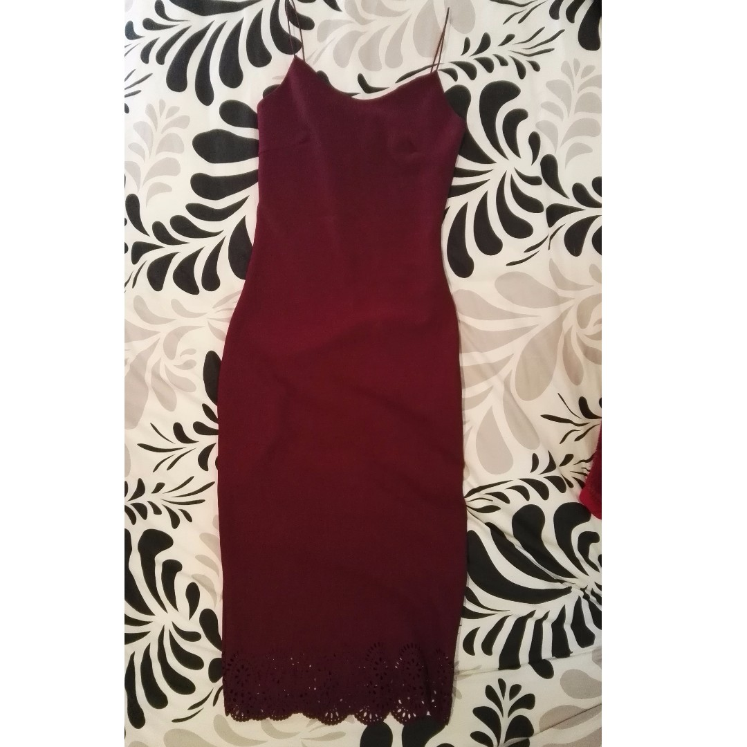 NEW LOOK Burgundy Evening Dress
