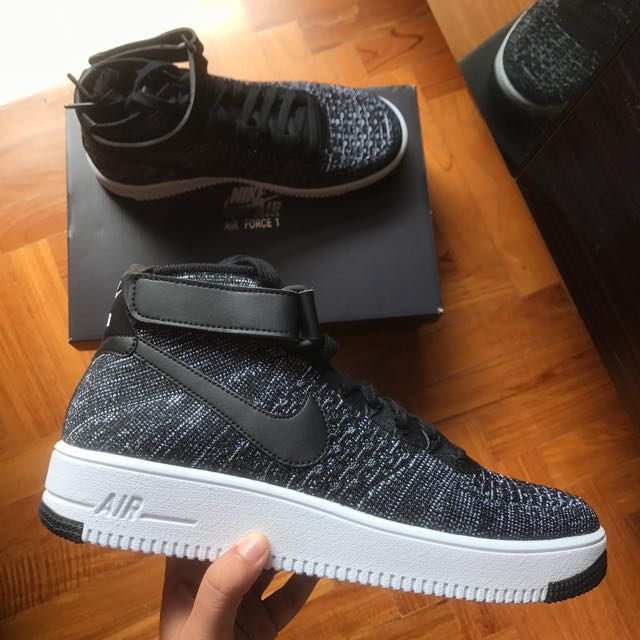 online store 924fc 7cc2b Nike Air Force 1 Mid Ultra Flyknit Black White