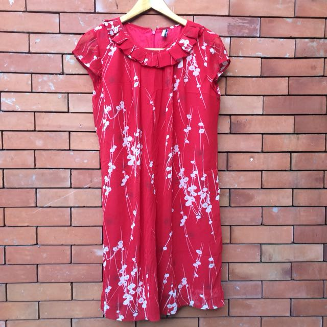 Pd&co red dress with floral print