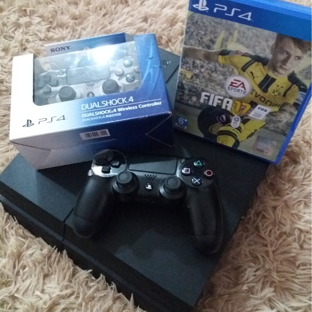 Ps4 Jet Black 500gb 2 Wireless Controller Fifa 17 Video Gaming New Dual Shock 4 Photo
