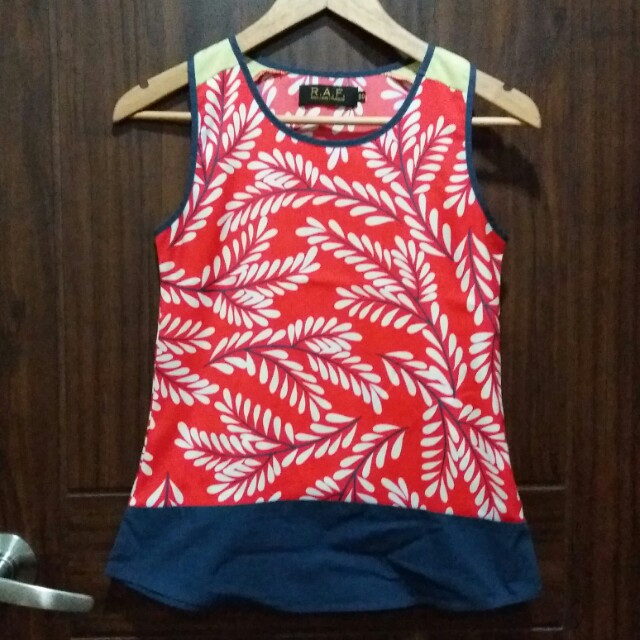 R.A.F sleeveless top XS