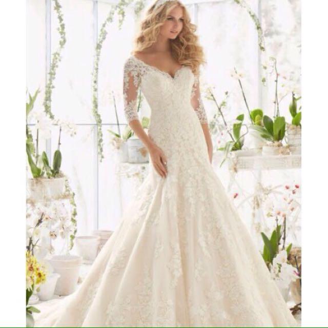 Rent a White Gown For Prewedding & Wedding
