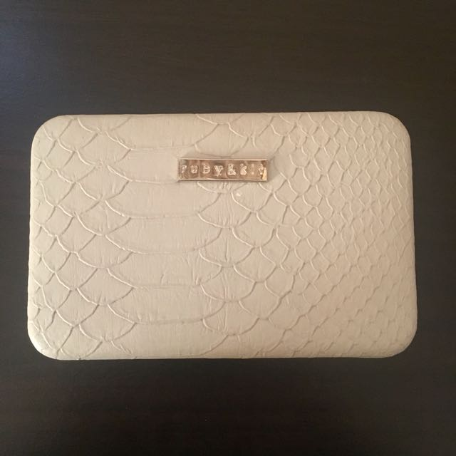Ruby & Kit Wallet