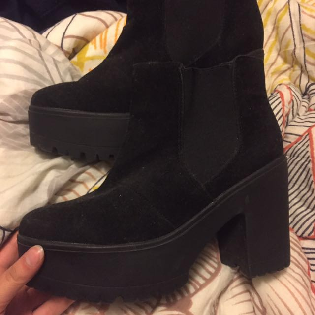 Thrifted Black Platform Booties Size 40