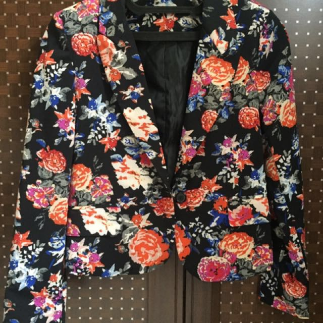 Zara look alike floral blazer