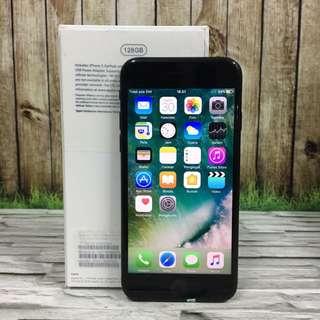 Iphone 7 128GB Black Matte Super Muluss Garansi resmi iBox 6 bulan lagi kumplit ( ITC Cempaka Mas )