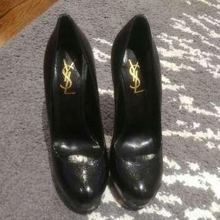 Black YSL shoe  size 38
