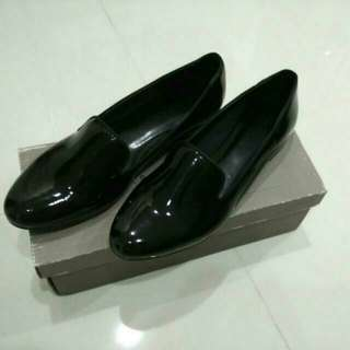 Charles & Keith Loafers / Flats