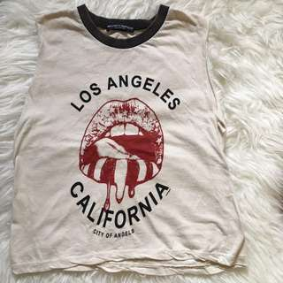 Brandy Melville Los Angeles Casual Crop Top