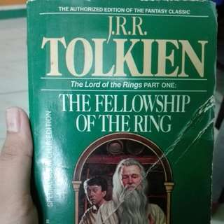 JRR Tolkien Lord of The Rings Part 1: The Fellowship of The Ring