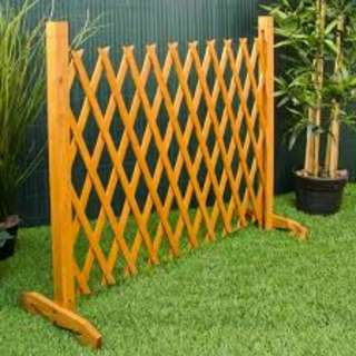BNIB 2m high wooden trellis