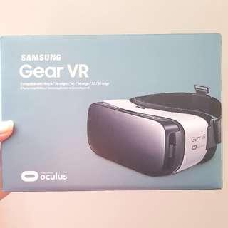 Samsung Gear VR Goggles white