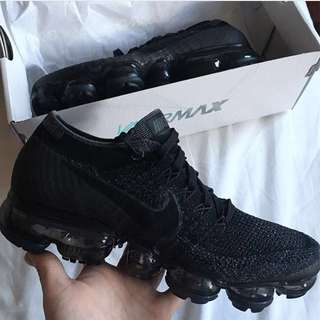 Nike Air VaporMax Flyknit (Anthracite) size 6.5