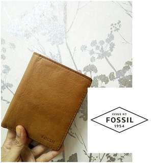 🆕 Fossil Leather Wallet