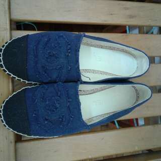 韓版小香風拼接配色 鉛筆鞋39號 深藍色/米白色