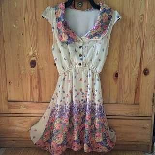 Mini flower dress