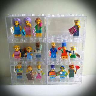LEGO SIMPSON FAMILY SET SERIES 2 (16 PIECE And INCLUDED THE DISPLAY BOX)