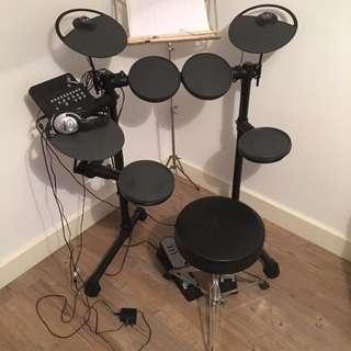 Yamaha DTX400K Electronic Drum
