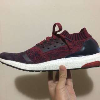 Ultraboost uncaged Burgundy US9 condition 7-8/10