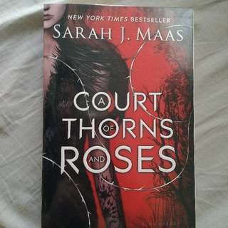 A Court of Thorns and Roses US Edition