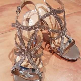 Verali shoes size 6