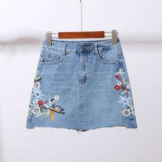 (INSTOCK) Embroidery Denim Skirt