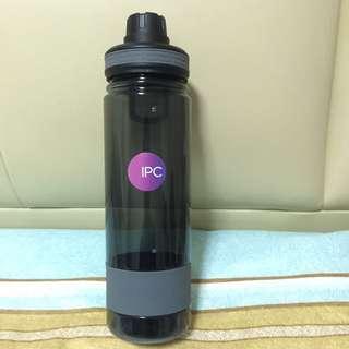 Swiss peak bottle