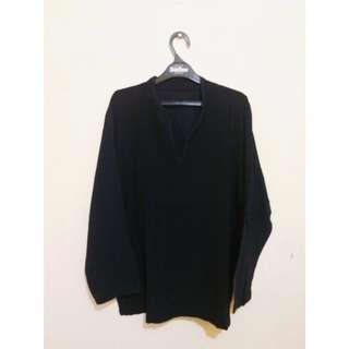 Long shirt vneck , size setara M