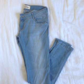 New Jeans - Size 10 / 28