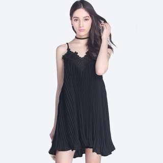 Fayth Florenza pleated dress